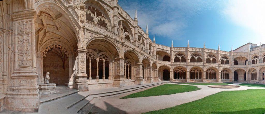 Mosteiro-dos-Jeronimos-belem