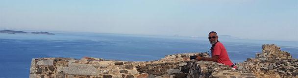 Dans l'enceinte de la forteresse vénitienne dominant le port