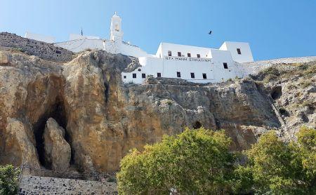 Le monastère de la Panagia Spiliani (ND de la caverne).