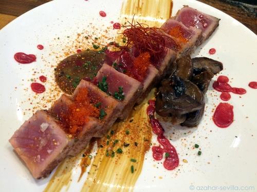 perro viejo tuna tataky