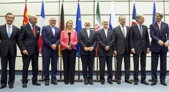 وزراء خارجية الدول العظمى وإيران خلال الإعلان عن التوصل لاتفاق بشأن البرنامج النووي الإيراني