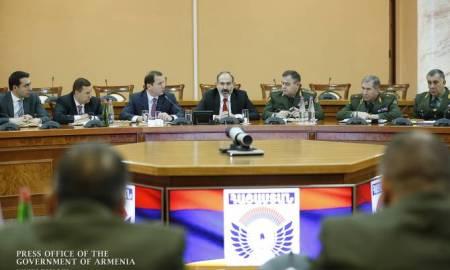 ՀՀ վարչապետը խորհրդակցություն է անցկացրել ՊՆ-ում