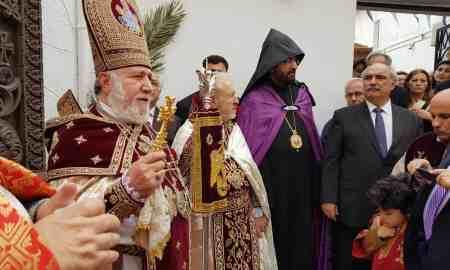 Ամենայն Հայոց Կաթողիկոսը Պատարագ է մատուցել Կրետեի հայկական եկեղեցում