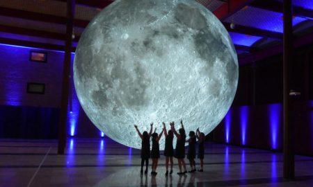 Լուսնի թանգարանը․ 7 մետրանոց արբանյակը պտտվում է ամբողջ աշխարհով