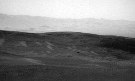 NASA-ն հրապարակել է Մարսի վրա հանելուկային սպիտակ լույսի լուսանկարը