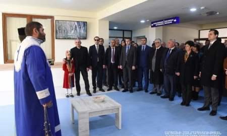 Բերձորում հանդիսավորությամբ բացվել է Քաշաթաղի շրջանային բուժմիավորման նորակառույց շենքը