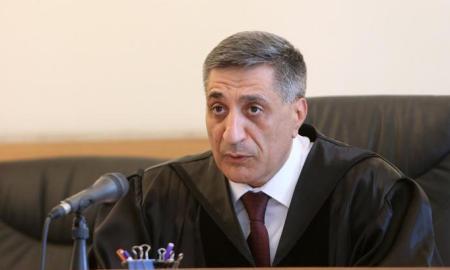 Քոչարյանի փաստաբանները ինքնաբացարկի միջնորդություն ներկայացրին դատավորին