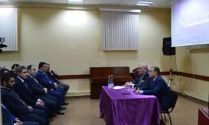 Սինանյանը հանդիպել է Թբիլիսիի հայ համայնքի հետ
