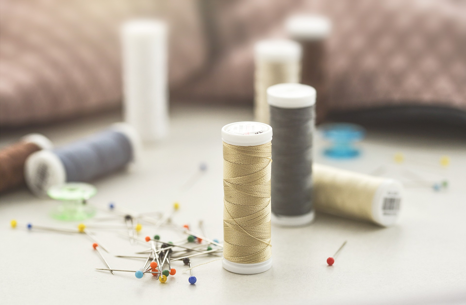 sewing-3405975_1920