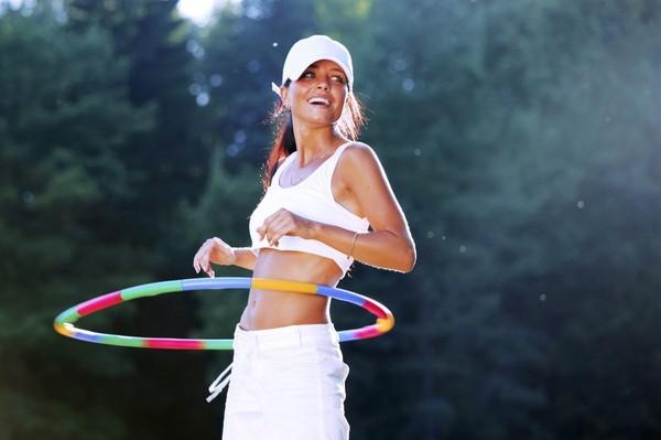 Strâns și subțire - pierde în greutate cu cercul hula