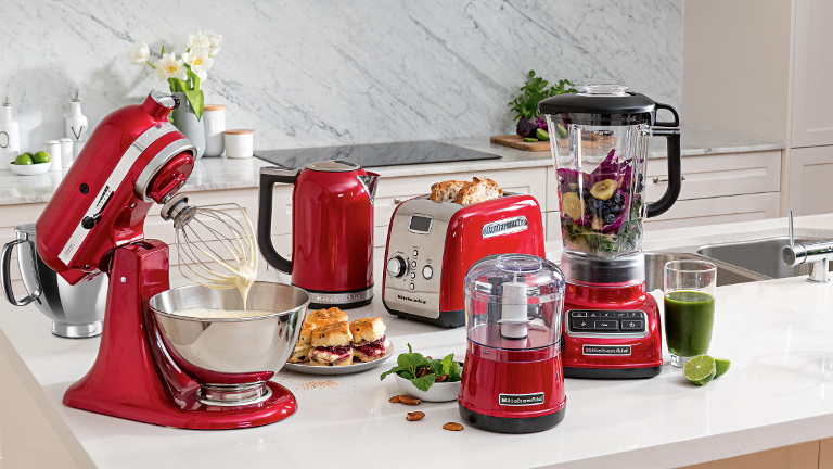 kitchen aid appliance industrial table kitchenaid kettles toasters blenders mixers slow cookers