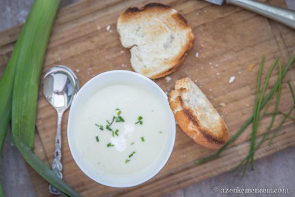 Vichyssoise - az elengedhetetlen tejföllel