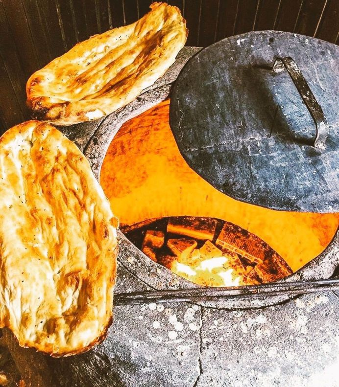 Tandir Bread - Traditional Azeri Bread