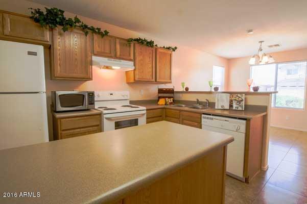6521 W Hilton  Avenue  Phoenix AZ 85043
