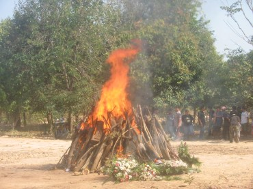 Funeral of Pii RACHAN, brother of Sam 101