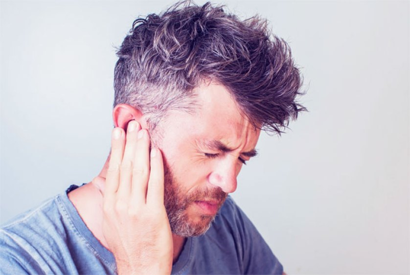 Curare l'orecchio tappato