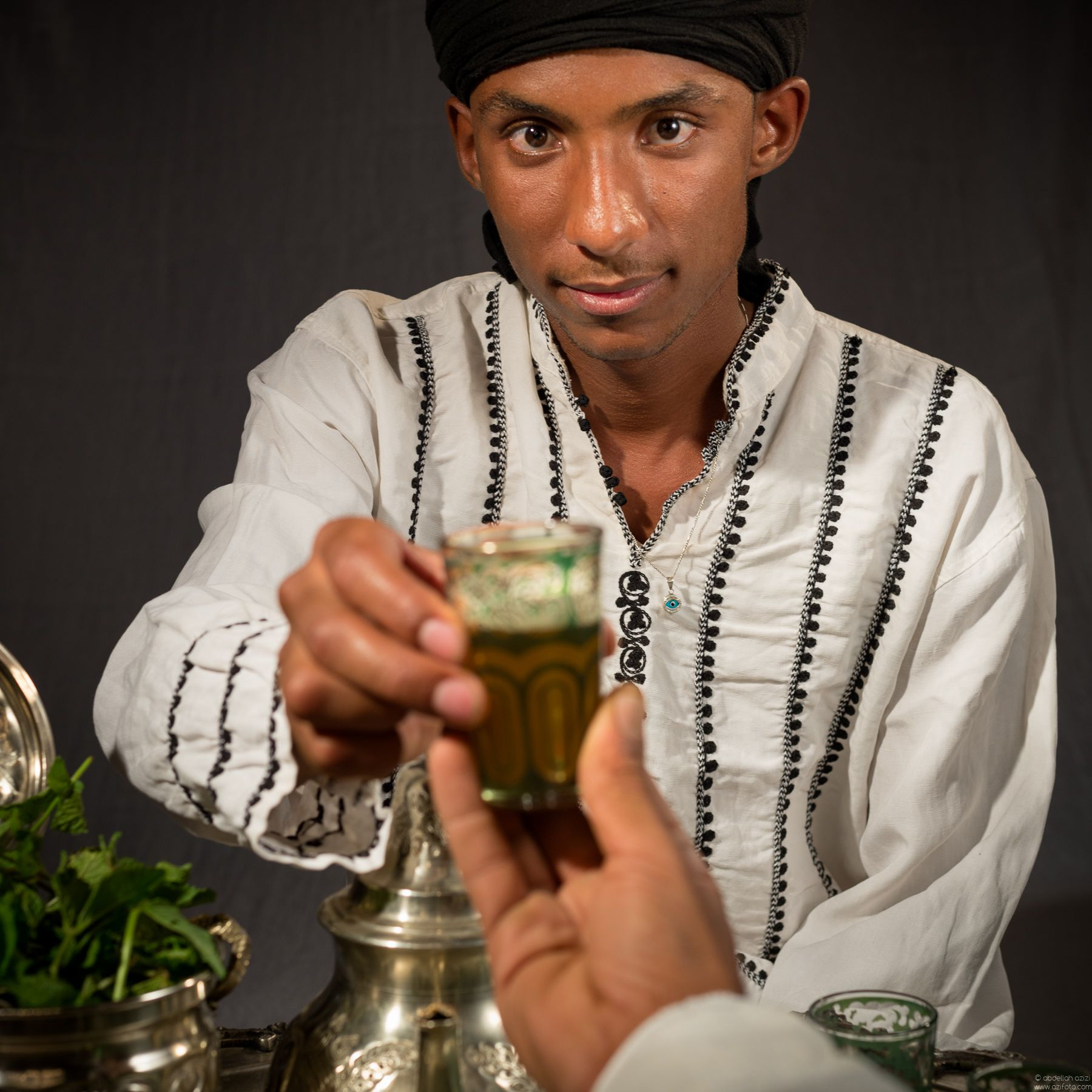 Portrait, Moroccan green tea