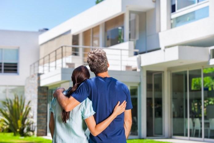 Ali veste, da lahko nepremičnino, ki je pod hipoteko, brez težav kupite?
