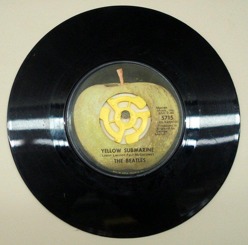 Beatles45  Azio Media Rare Books * Vinyl ** Ephemera