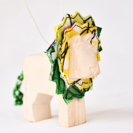 Carved Safari Animal Ornament- Lion web