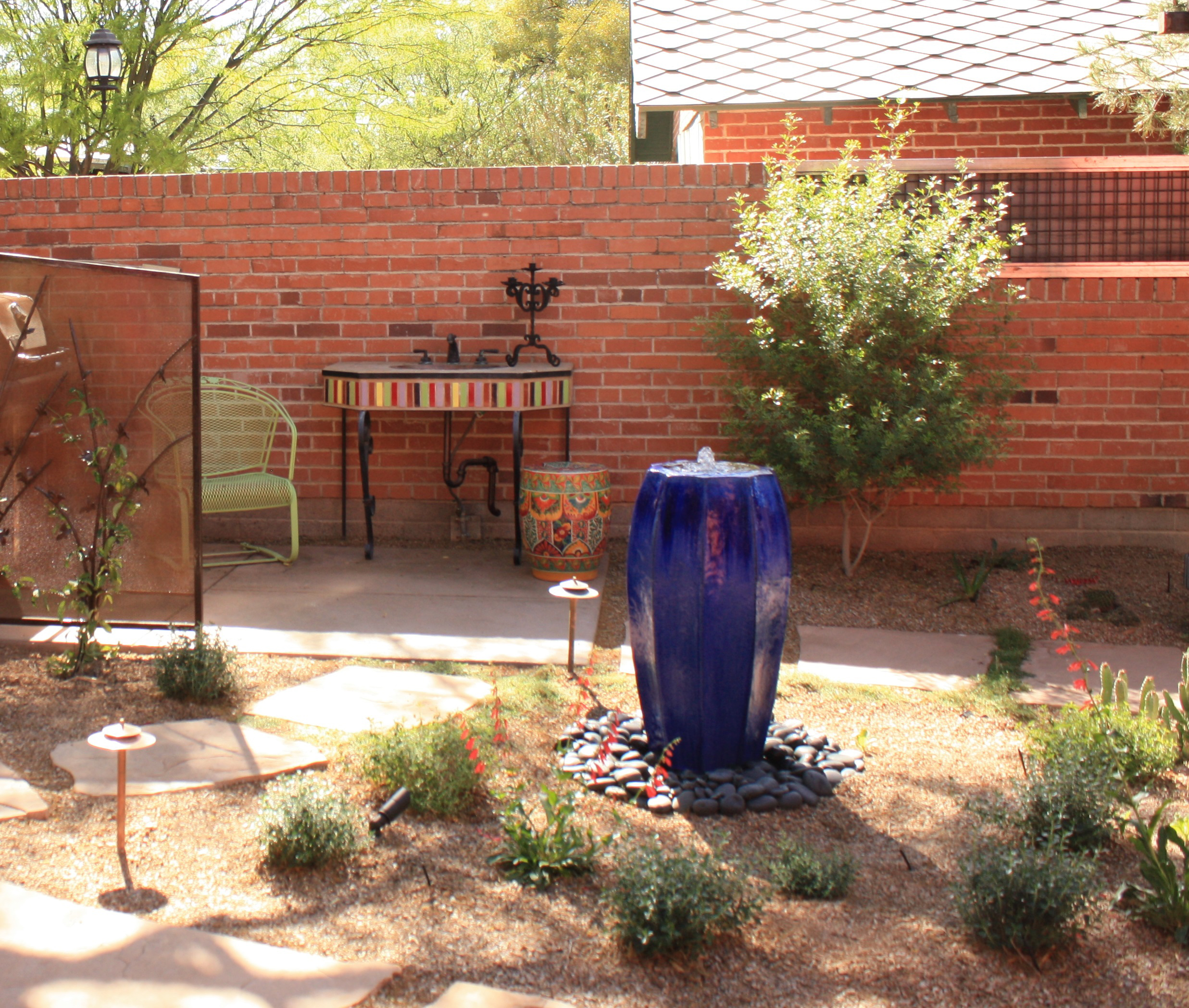 Water features indeed can be part of desert landscape  AZ