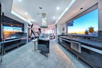 Feast your eyes on this modern masterpiece from the hillside of Squaw Peak 11