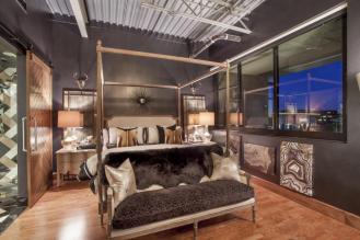 Fabulous Kierland Commons Penthouse above MICHAEL KORS on Main Street! 4