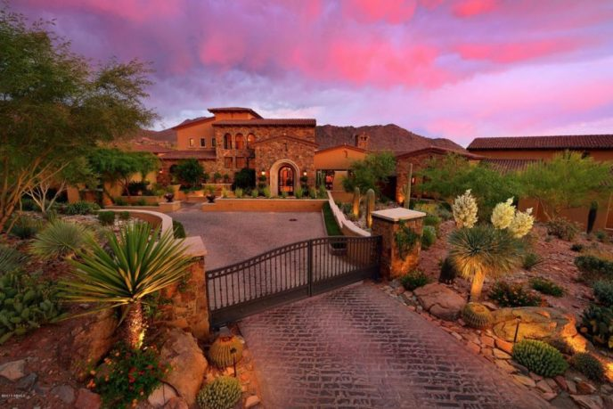 Luxury Living in Scottsdale