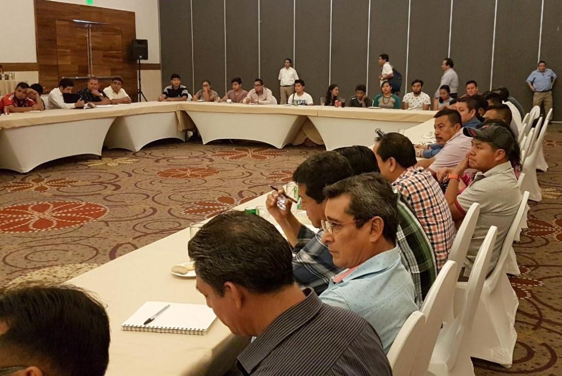 Mesa de diálogo Gobierno del Estado y Sección VII SNTE 3