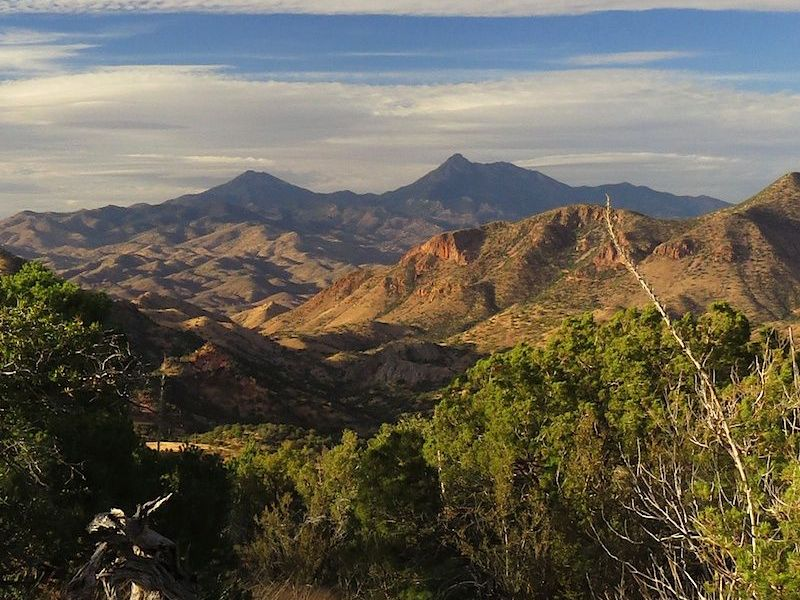TAKE ACTION TO PROTECT THE PATAGONIA MOUNTAINS FROM SOUTH32