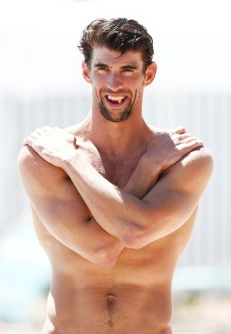 PNI 22-time Olympic medalist Michael Phelps returns to competitive swimming on f