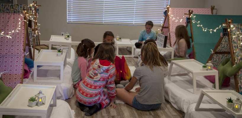 AZ Sleepy Teepee The Ultimate Sleepover Phoenix Kids Birthday Parties and Entertainment Scottsdale (91)