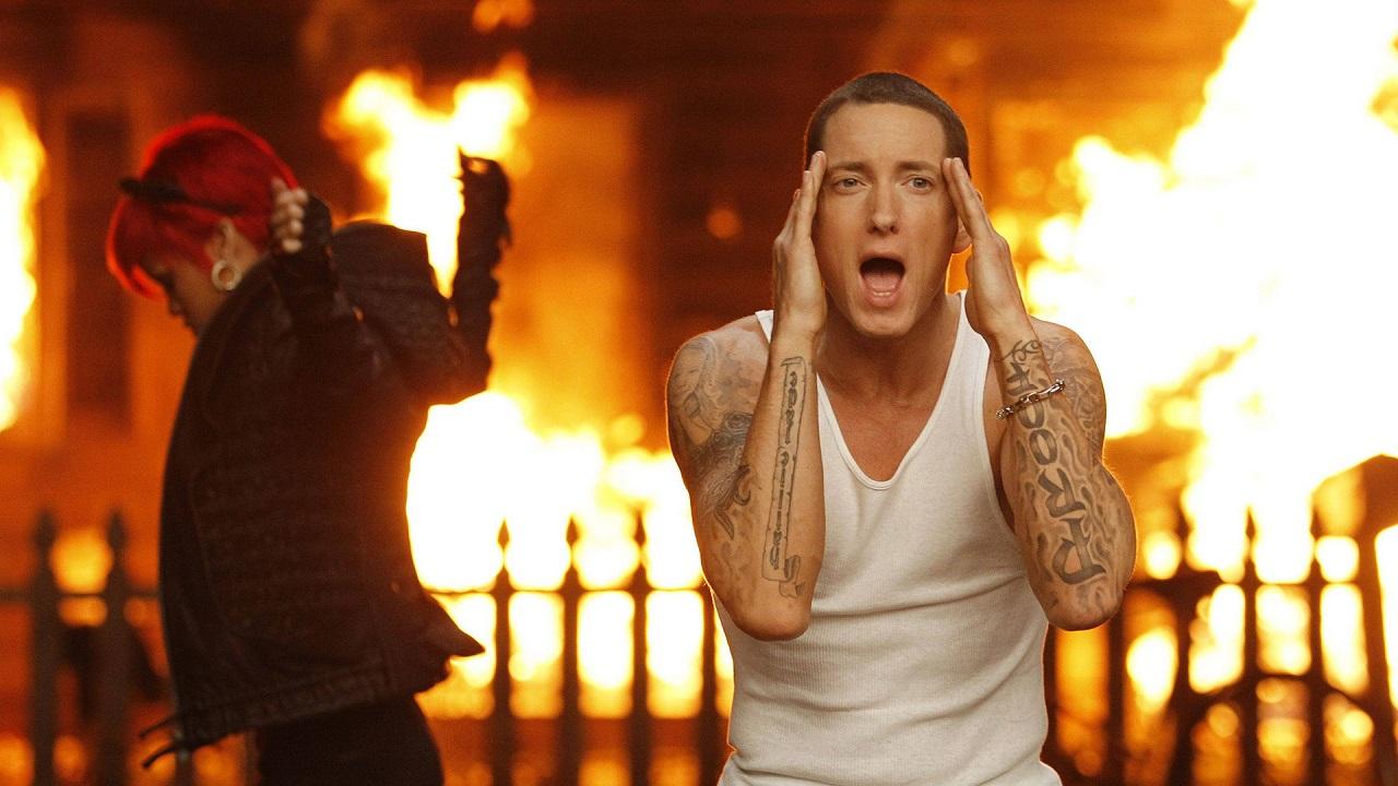 Love The Way You Lie Lyrics - Eminem, Rihanna, Recovery (2010)