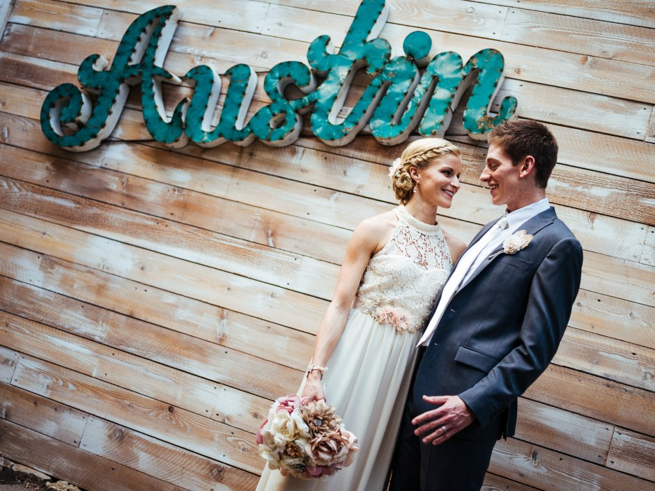 Jared & Megan: Inn at Wild Rose Hall Wedding in Dripping Springs