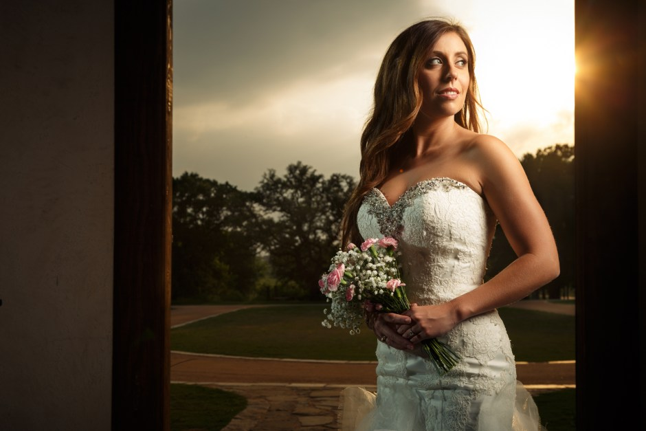 Hannah: Lone Oak Barn Bridal Portraits