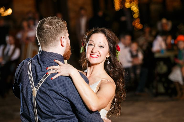 Ranch Austin Wedding - austin wedding photographer - Irish wedding - First Dance -