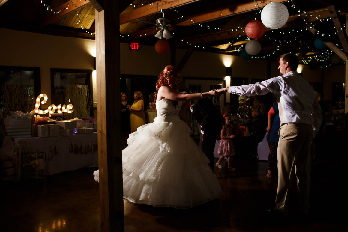 Canyon Lake Wedding - Country Wedding - Classic Car Wedding - New Braunfels Wedding - First Dance - Shay and Jason