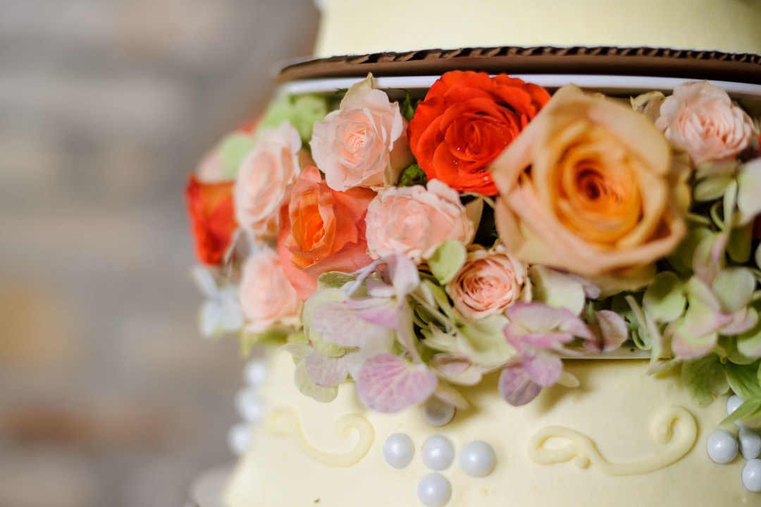 Featured Wedding Cakes - DIY Wedding Cakes - Cake Highlights - Austin Wedding Photographers -Nancy and Jaime Wedding