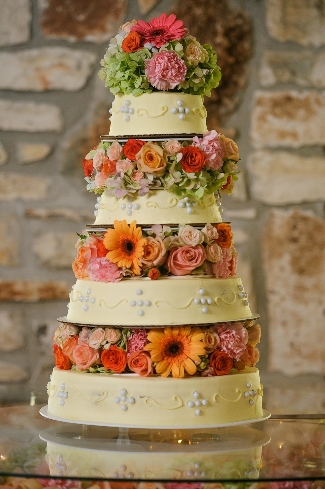 Featured Wedding Cakes - Wedding Cake Bakers - Cake Bakery - Cake Highlights - Austin Wedding Photographers -Nancy and Jaime Wedding