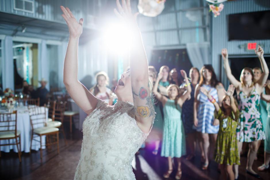 Bride tosses bouquet at TerrAdorna in Manor, Tx