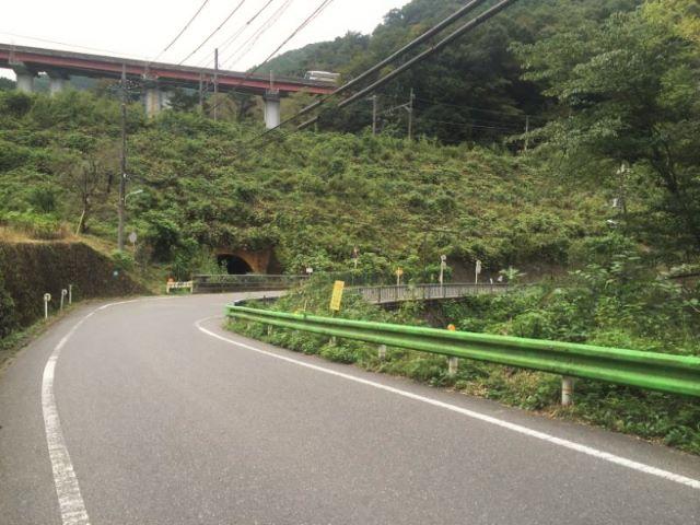 高尾山日影バス停