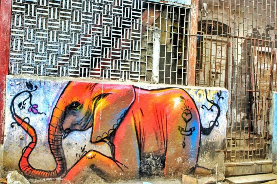 Bombay wall art - Bandra Murals- Wall Art- Graphitti - The Azure Sky Follows- Tania Mukherjee 8- Elephant Mumbai