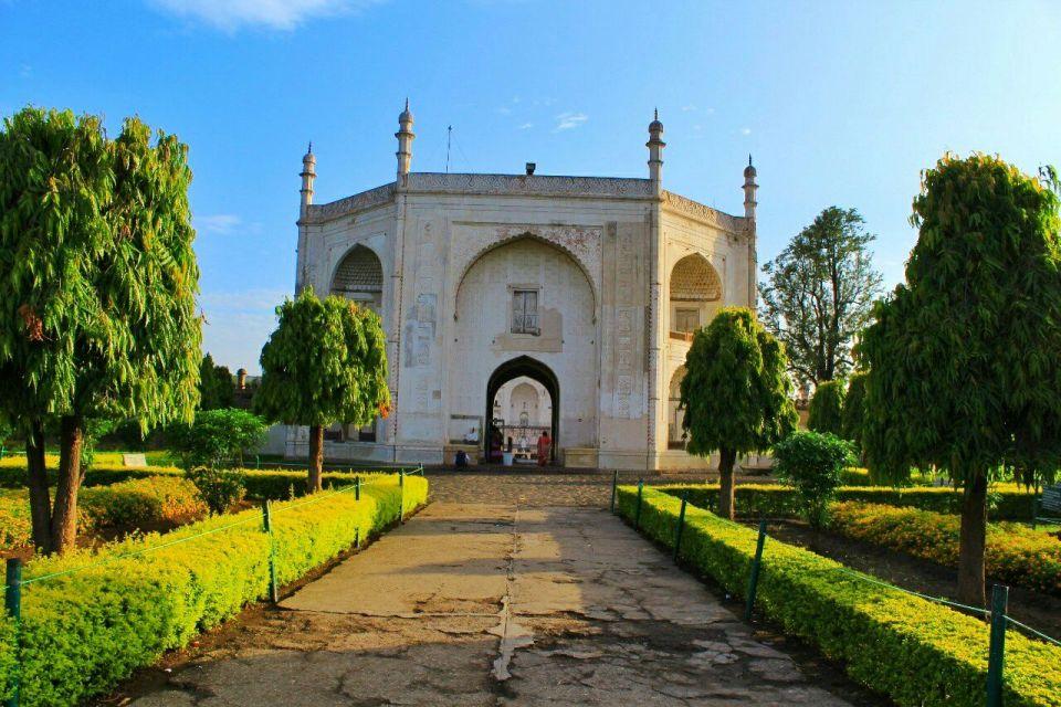 Aurangabad Taj Mahal 3 Bibi ka Maqbara Aurangabad Azure Sky Follows Tania