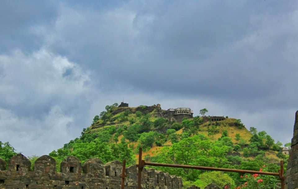 3 daulatabad fort - aurangabad - maharashtra - india - azure sky follows
