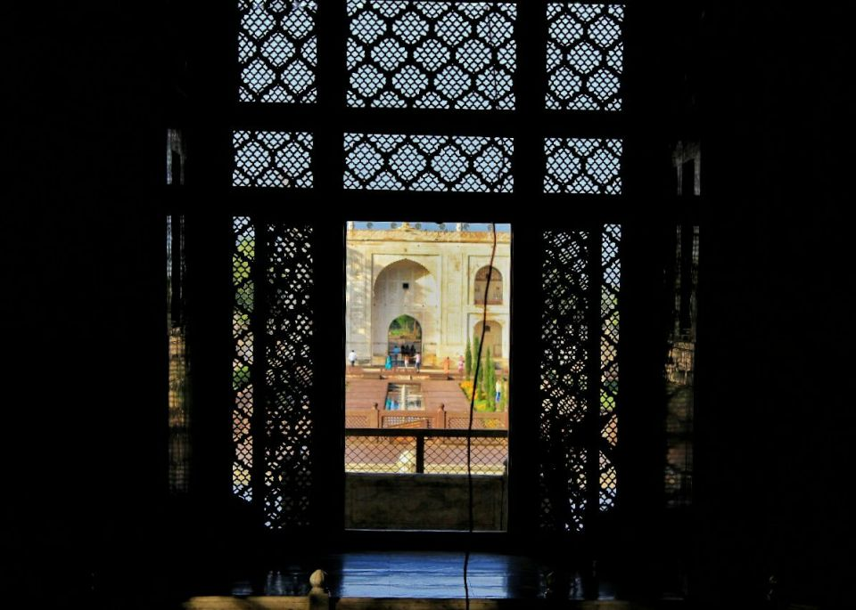Aurangabad Taj Mahal 49 Bibi ka Maqbara Aurangabad Azure Sky Follows Tania