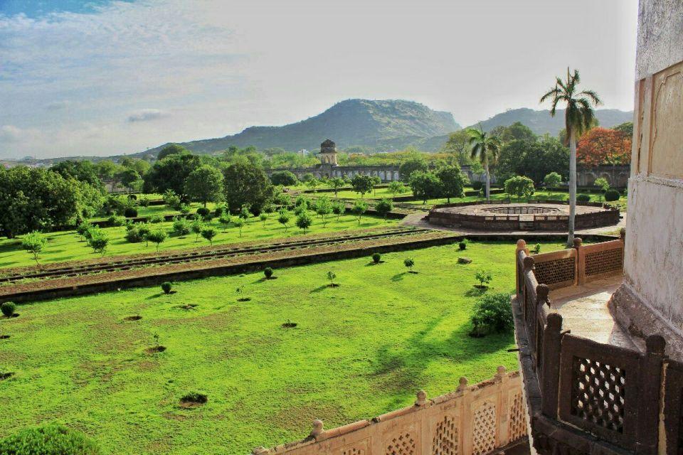 Aurangabad Taj Mahal 73 Bibi ka Maqbara Aurangabad Azure Sky Follows Tania