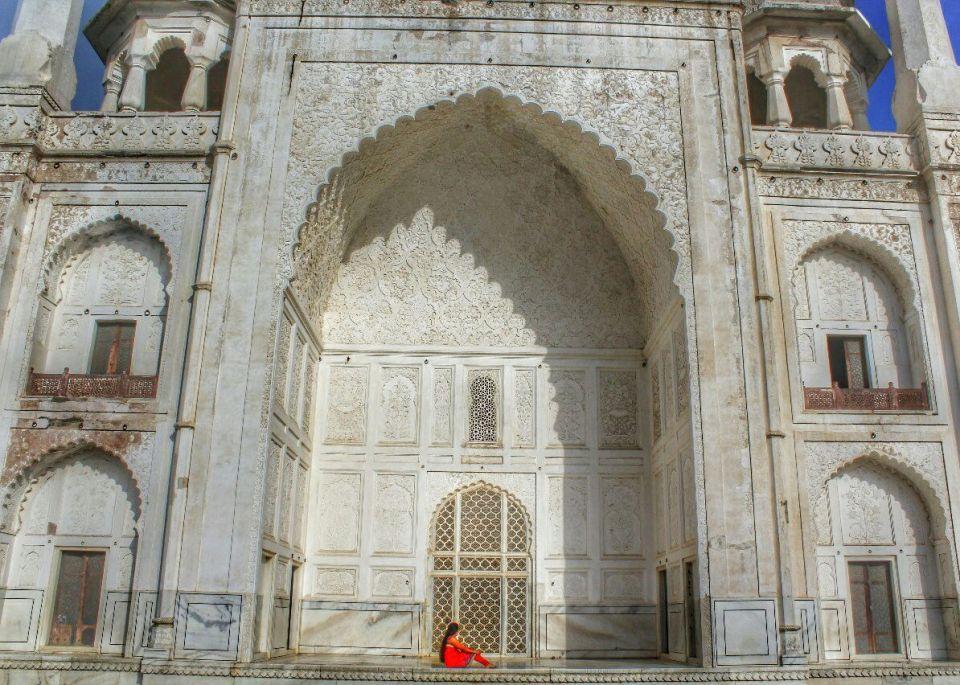 Aurangabad Taj Mahal 78 (2) Bibi ka Maqbara Aurangabad Azure Sky Follows Tania