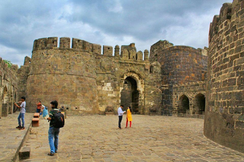 8 daulatabad fort - aurangabad - maharashtra - india - azure sky follows