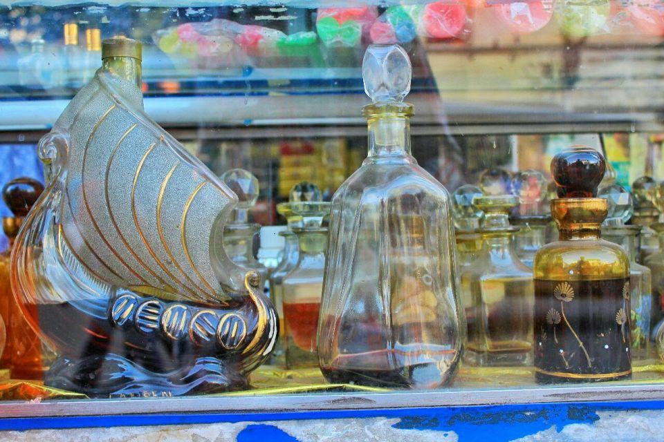 52 Hyderabad - Laad Bazaar - Pathhargatti - Markets - Karnataka - India - Azure Sky Follows - Tania