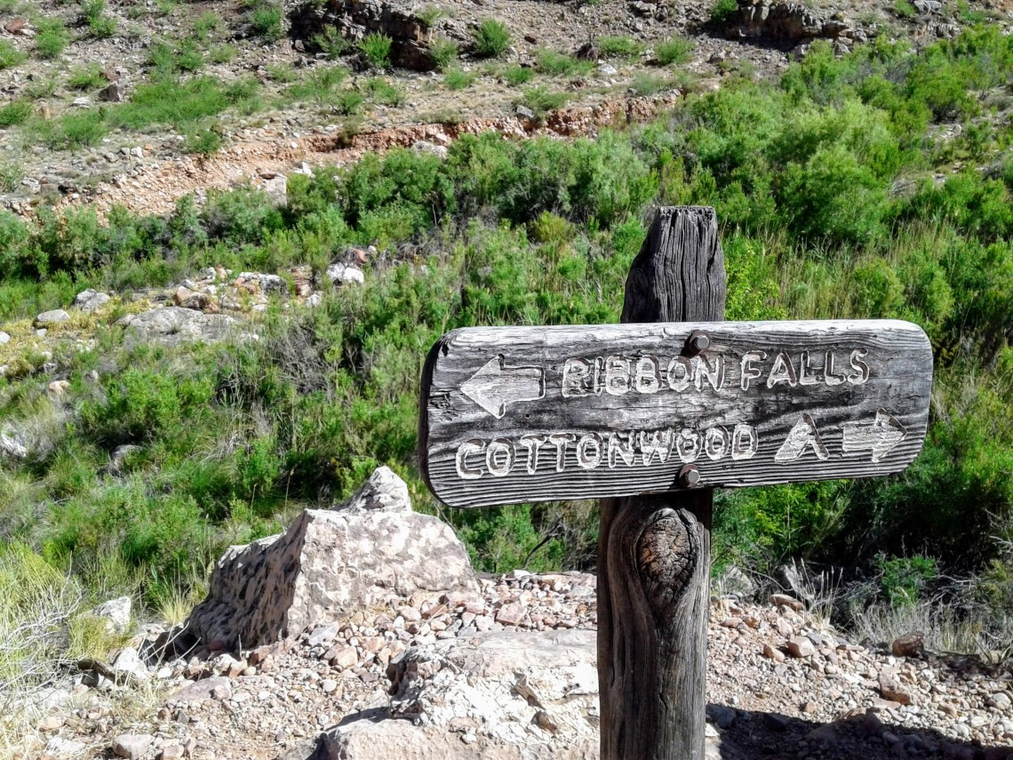 Wood sign: Ribbon Falls, Cottonwood